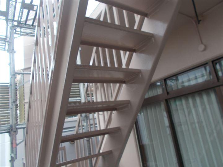 鉄骨階段塗装
