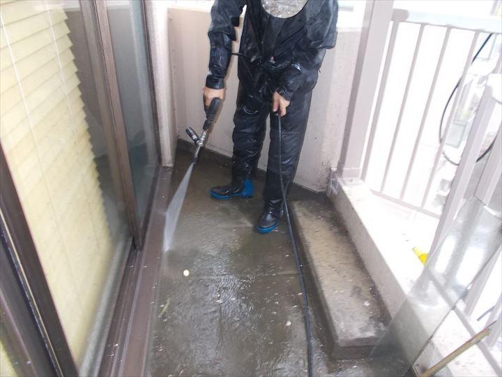 高圧水洗浄