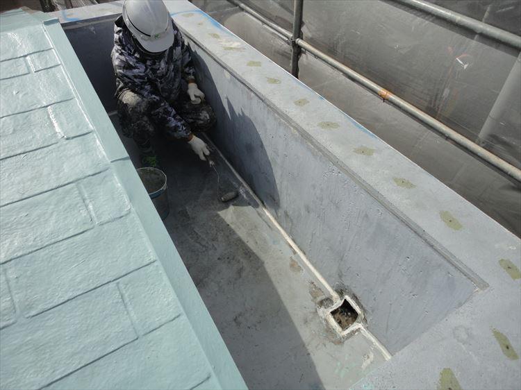 屋根ウレタン部 プライマー塗り