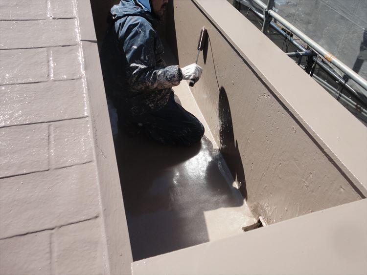 屋根ウレタン部 ウレタン塗膜防水 トップコート上塗り(2回目)