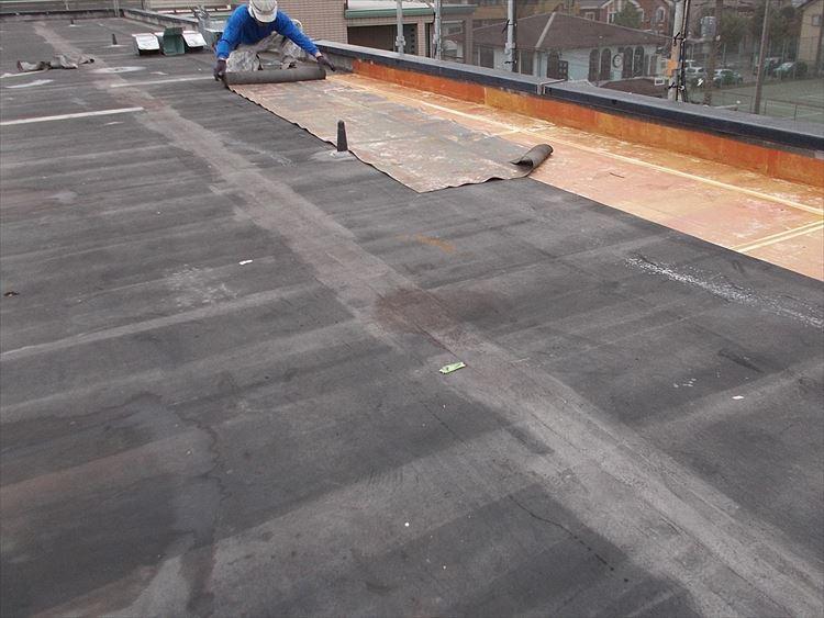 屋上防水工事 既存防水層撤去