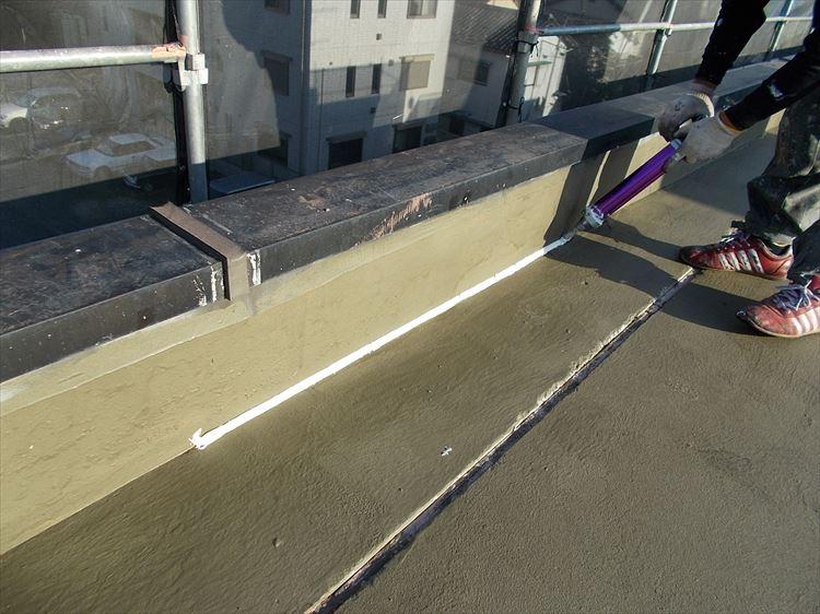 屋上防水工事 端部シーリング