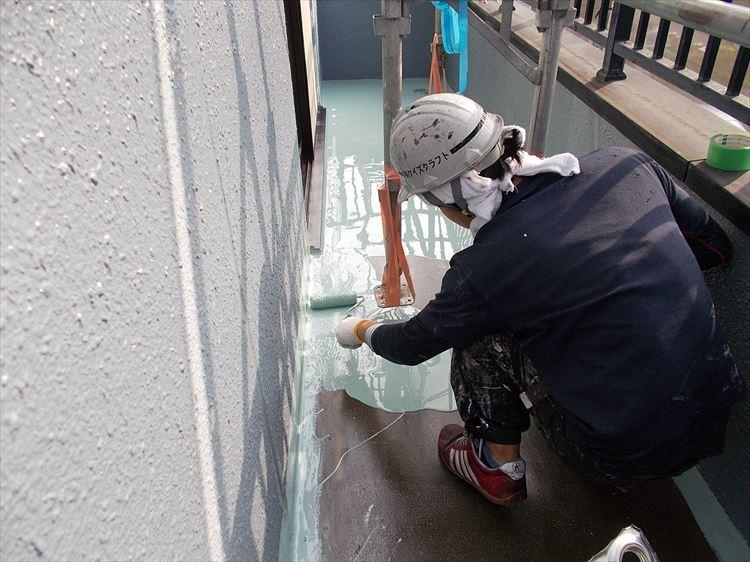 バルコニー防水工事 ウレタン塗膜防水1層目